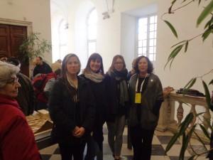 La presentazione della tesi di laurea sulla Val Bsagno al Festival della Scienza 2015. Nella foto le tre studentesse del Politecnico e la Presidente del Festival, Manuela Arata